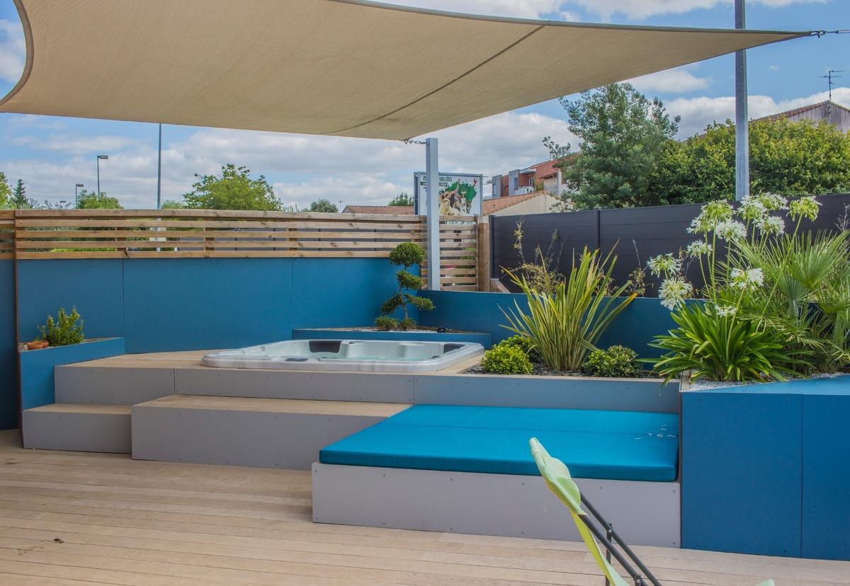 Aménagement d'un jardin à L'union avec espace spa et espace repas