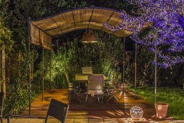Jardin cosy avec jeux de lumières sur Blagnac